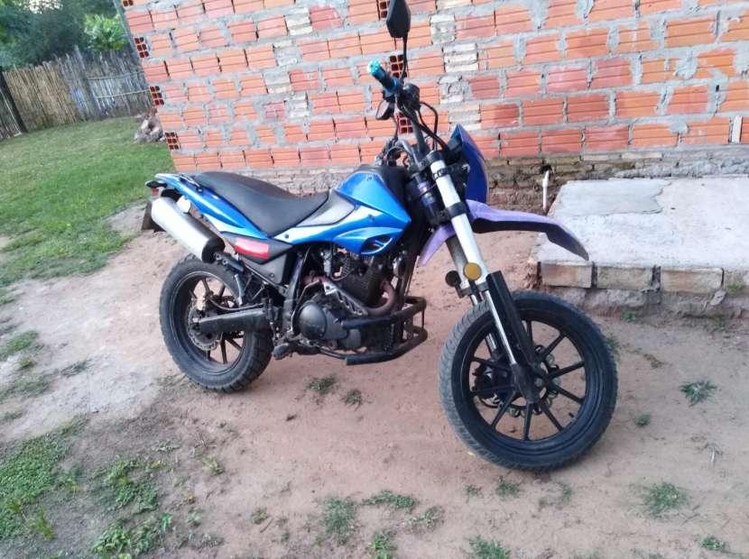 Moto kenton bull 200 cc - 1