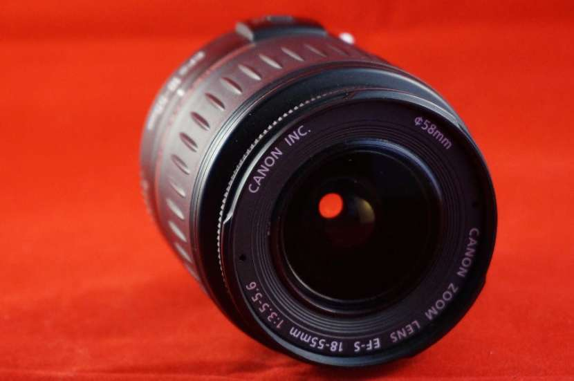 Lente canon ef-s 18-55mm f/3.5-5.6 is ii (usado) - 0
