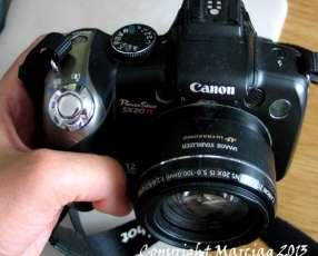 Cámara Canon PowerShot SX20 IS 12 mpx, Pantalla móvil, filma