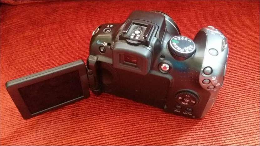 Canon powershot sx10 pantalla móvil, filmadora - 3