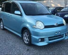 Toyota Sienta 2004 motor vvti 1500 naftero automático 4x2