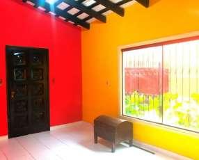 Casa en Asuncion, barrio santa maria