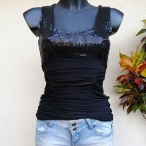Blusa negra elastizado