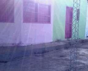 Casa en Fernando de la Mora zona Sur J4151