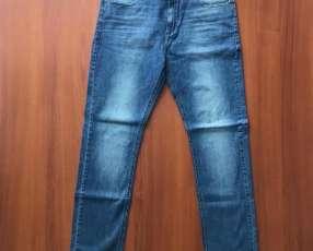 Jeans Wrangler talle 42