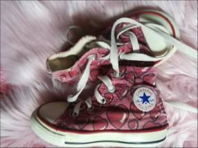 Tenis Converse para nena calce 22