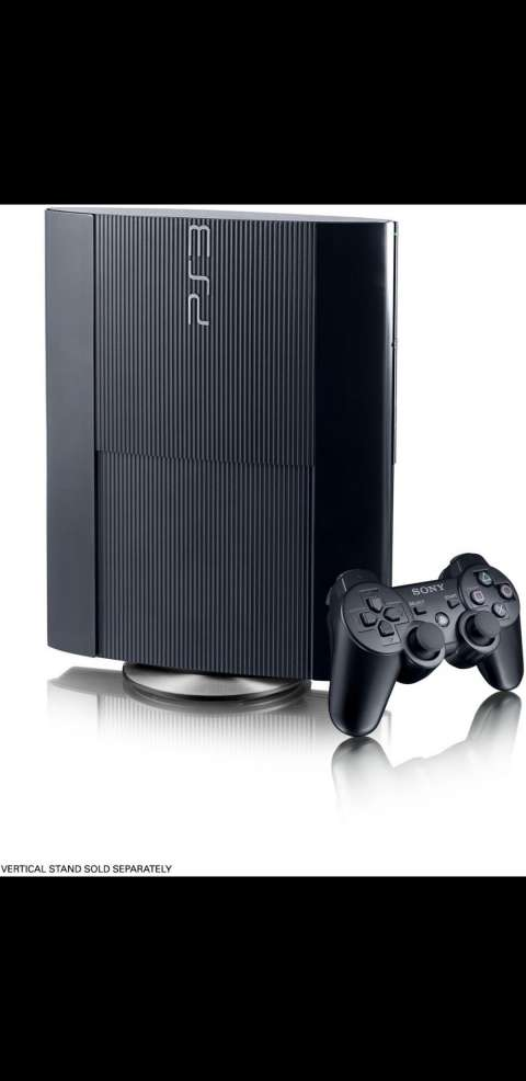 Playstation 3 super slim con 2 controles y 47 juegos