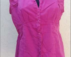 Blusa color fucsia