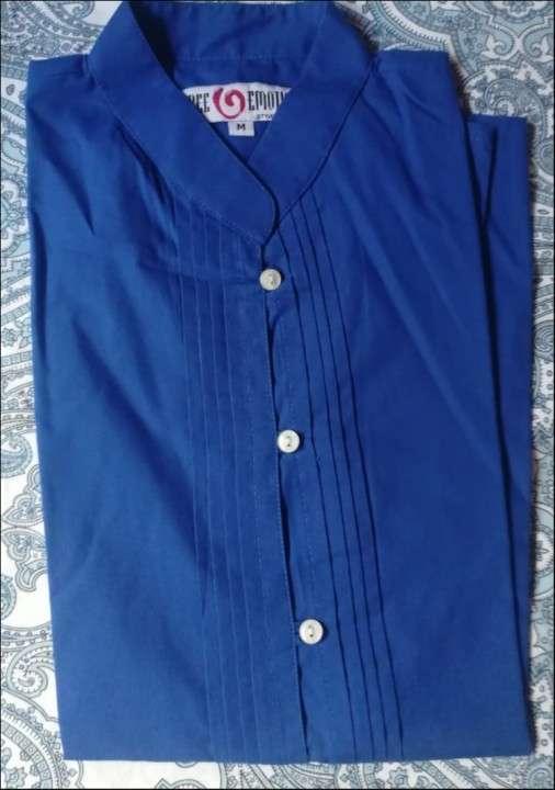 Blusa tipo camisa - 0