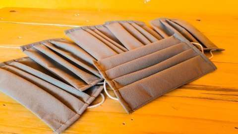Tapabocas desechables con doble tela - 2