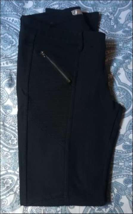 Pantalón elestizado Negro - 1