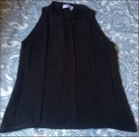 Blusa negra en hilo