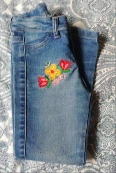 Jeans Floreada - 0