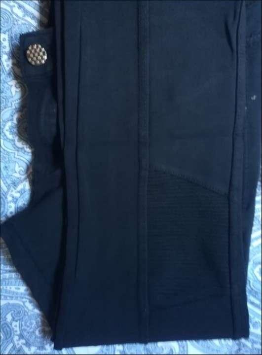 Pantalón elestizado Negro - 2