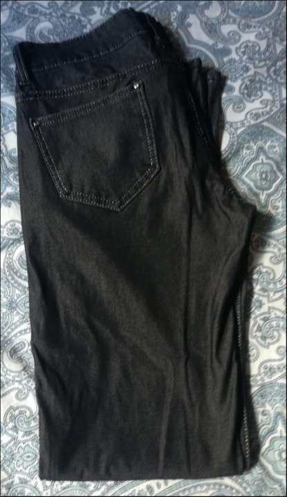 Pantalon tipo Jeans Negro - 1