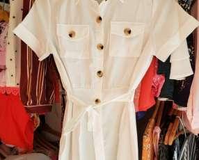 Monito jumpsuit blanco con botones