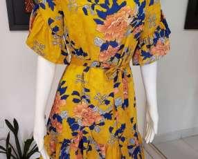 Vestido floreado amarillo con volados flores azul