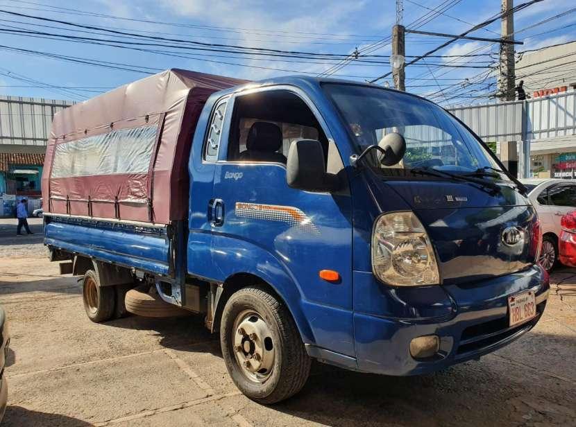 Kia Bongo III 2006 diésel mecánico - 0