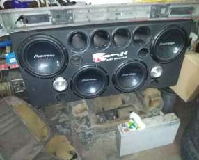 Caja acustica para camioneta