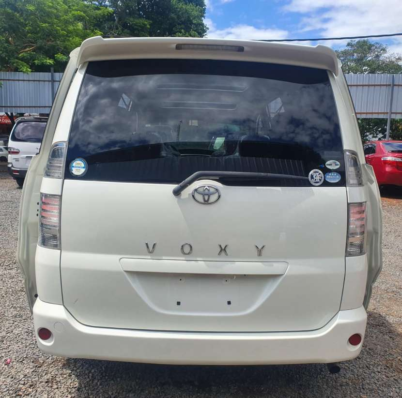 Toyota noah voxy 2005 aut. Full equipo- - 7