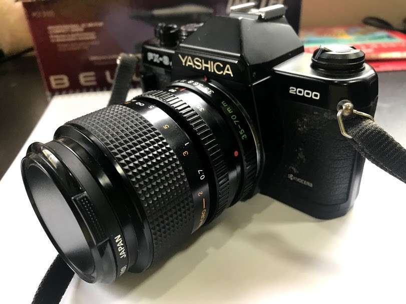 Cámara fotográfica de coleccion Yashica FX-3 Super 2000 - 0