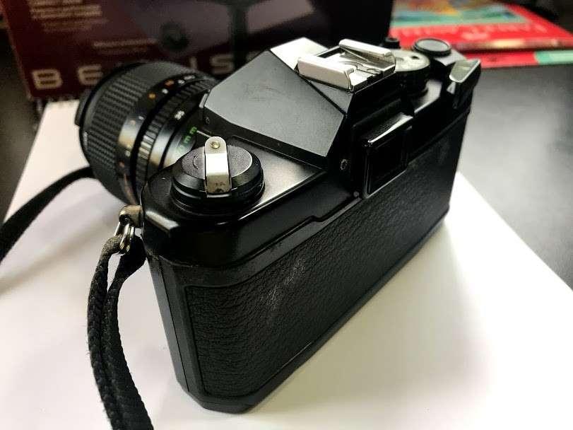 Cámara fotográfica de coleccion Yashica FX-3 Super 2000 - 1