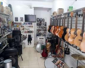 Instrumentos musicales y accesorios