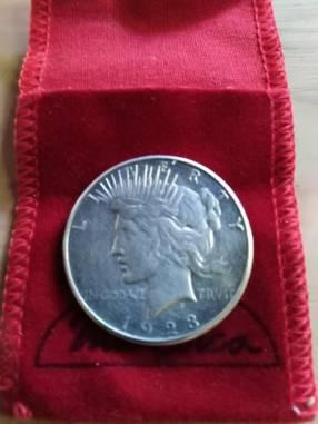 Moneda de un dólar año 1923 de plata