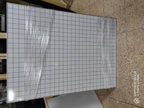 Pizarra acrilica cuadriculada 90x120