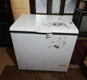 Congelador horizontal Consul 310 litros
