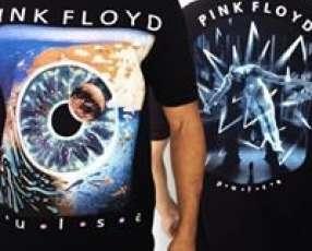 Remeras negras de Pink Floyd