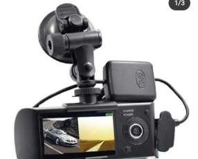 Cámara de doble lente automático con gps incorporado