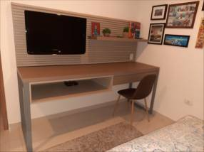 Mueble de escritorio de MDP + cajonera y Panel para TV