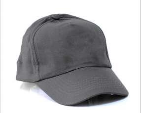 Quepis gris oscuro