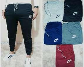 Pantalón buzo Nike