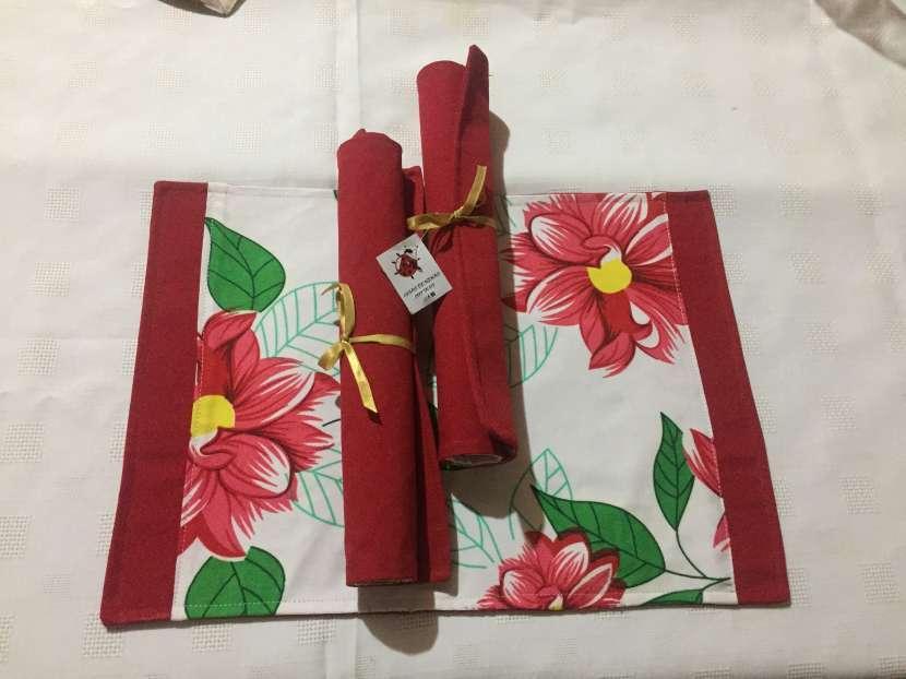 Individuales coloridos para regalar a mamá o para decorar tu mesa - 0