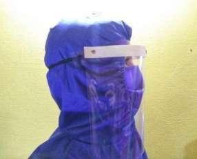 Protector facial de acetato y mamelucos