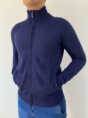 Suéter con cierre