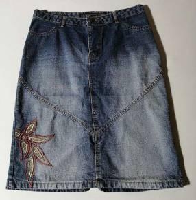 Pollera de jeans talle 43 azul