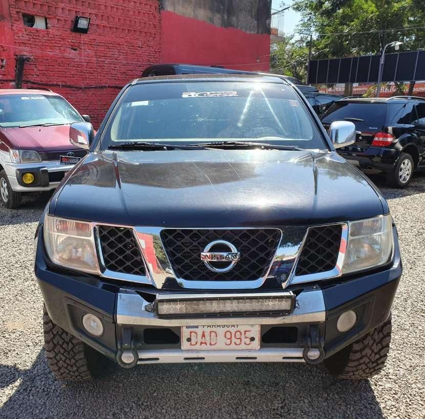 Nissan navara 2011/12 caja automatica 4x4 tapizado de cuero doble cabina - 1