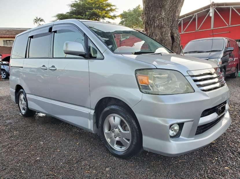 Toyota noah 2003 motor 2.0 cc - 2