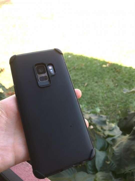Samsung Galaxy S9 de 64 gb - 1