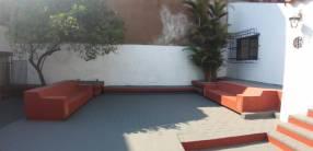 Casa en barrio catedral de Asunción