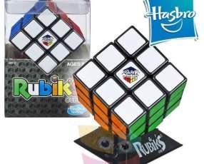 Cubo Rubiks 3x3 original de Hasbro