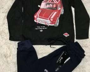Conjunto de ropas para niños