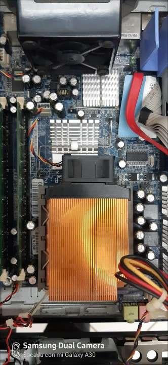 Lenovo IBM Intel Pentium 4 HT - 3