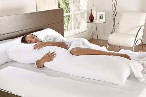 "Body Pillow ""Camesa"""