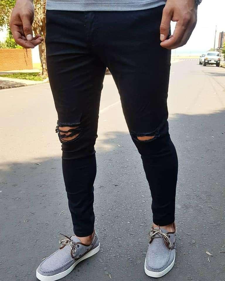 Pantalones Rasgados - 0