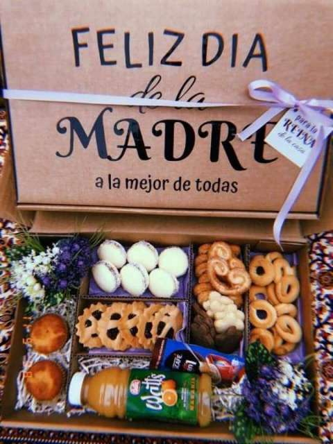Cajas para regalo con bocaditos dulces