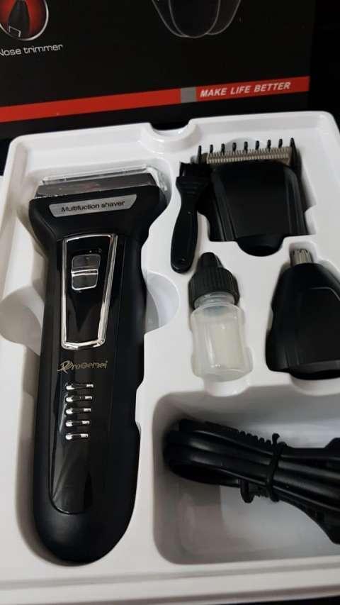 Afeitadora y corta pelo Gemei Pro 3 en 1 - 3
